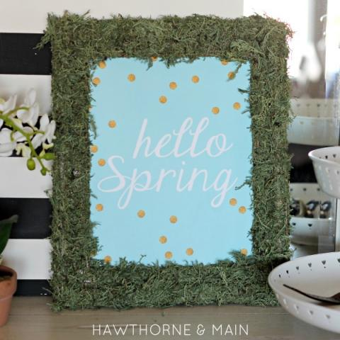 DIY Moss Frame with Free Printable