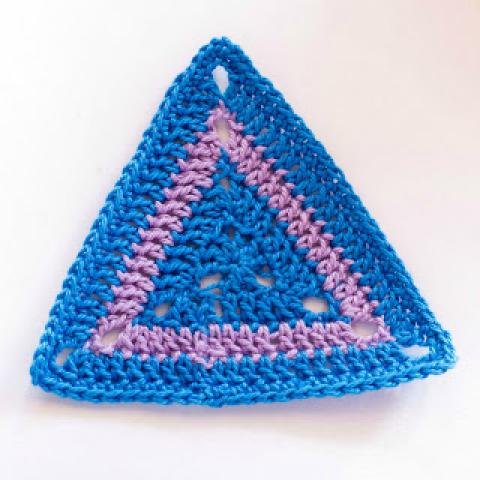 How To: Crochet A Triangle Motif